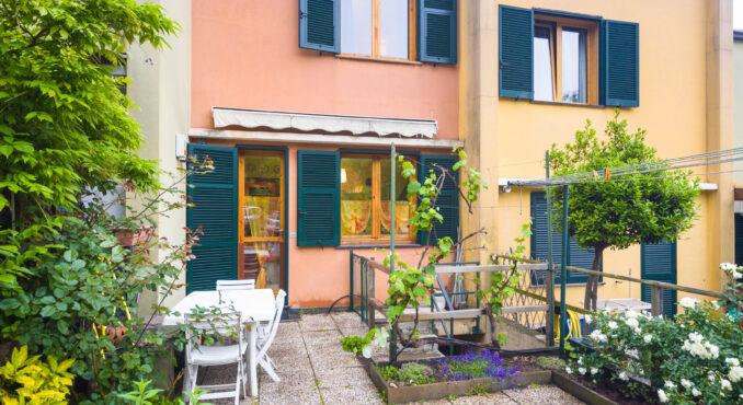 giardino lato cucina